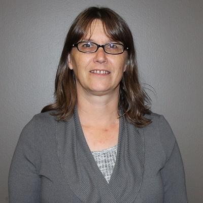 Heather Schreindl Headshot