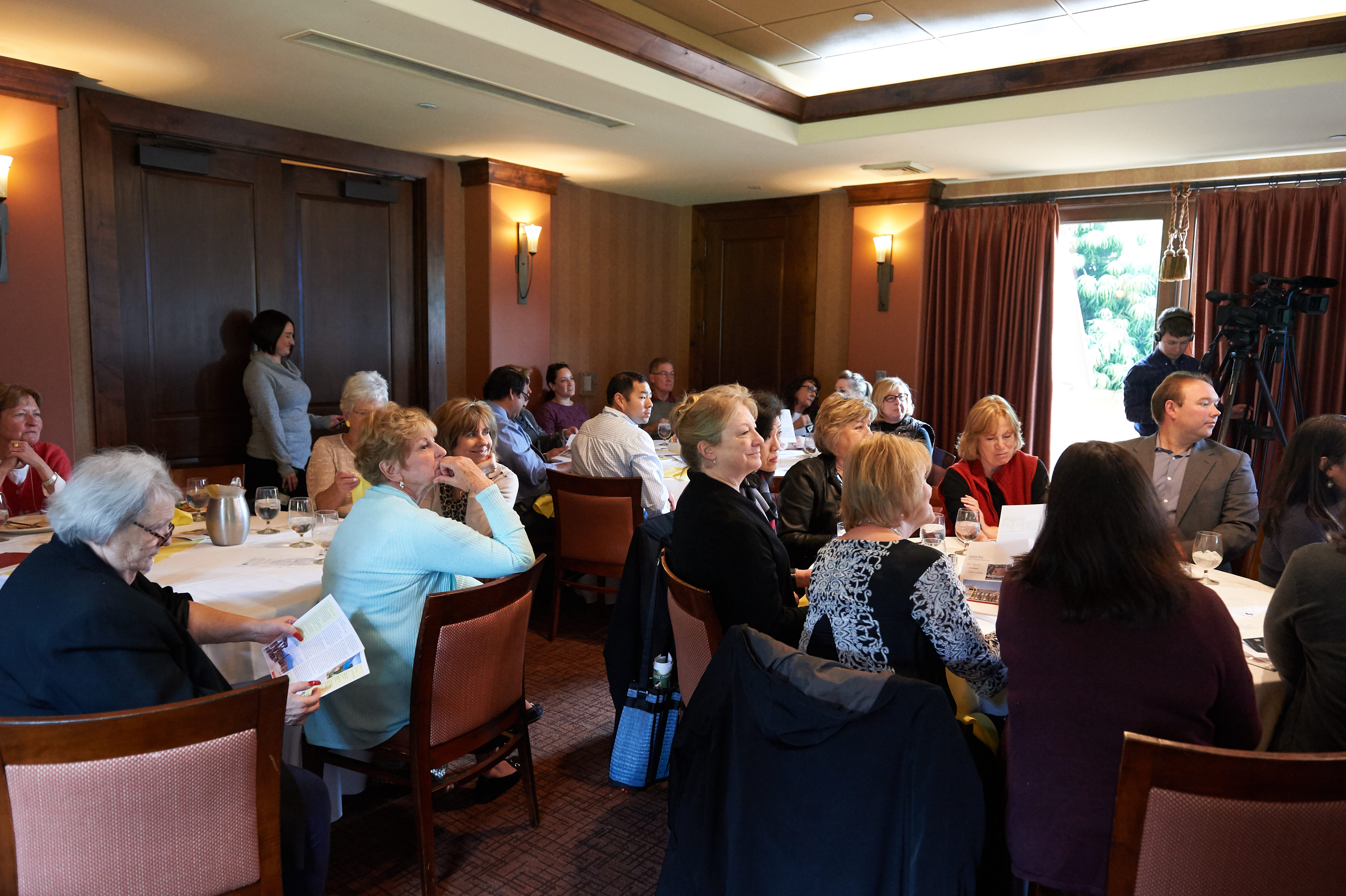 Noontime Novato Chamber Networking Marin Country Club Business Growth Pini Smart Carrie Scrimshire Leaders