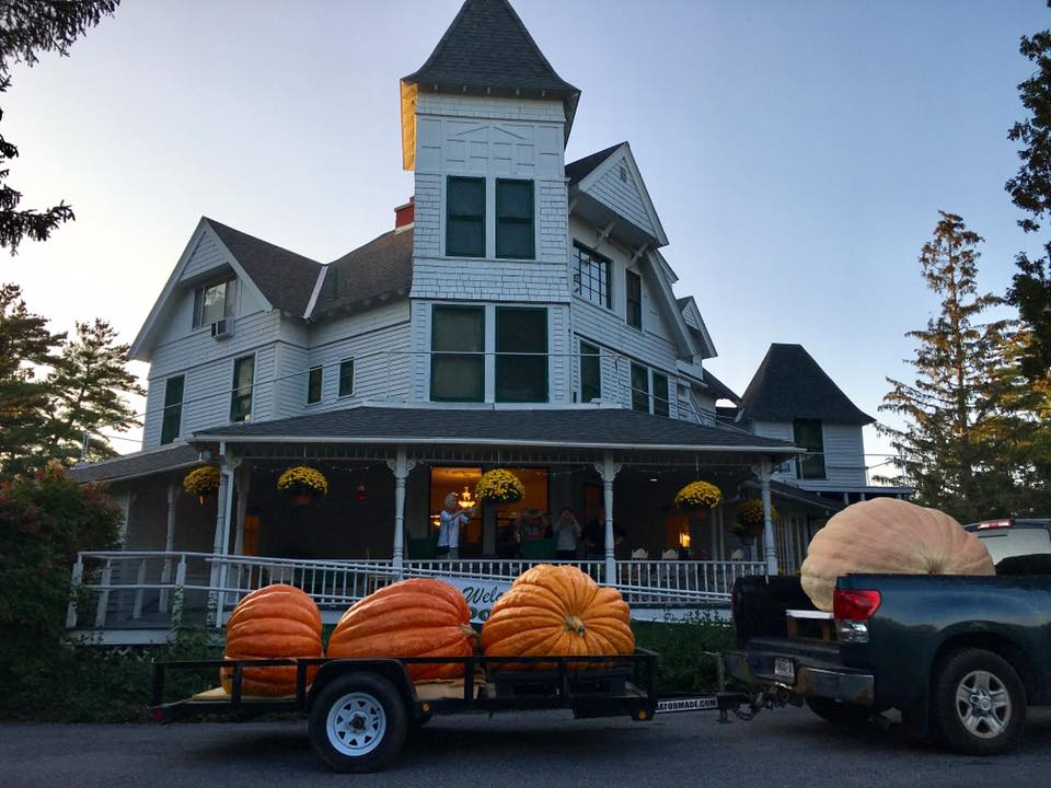 Pumpkins at Annes Washington Inn