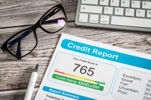 Check your potential tenant credit score