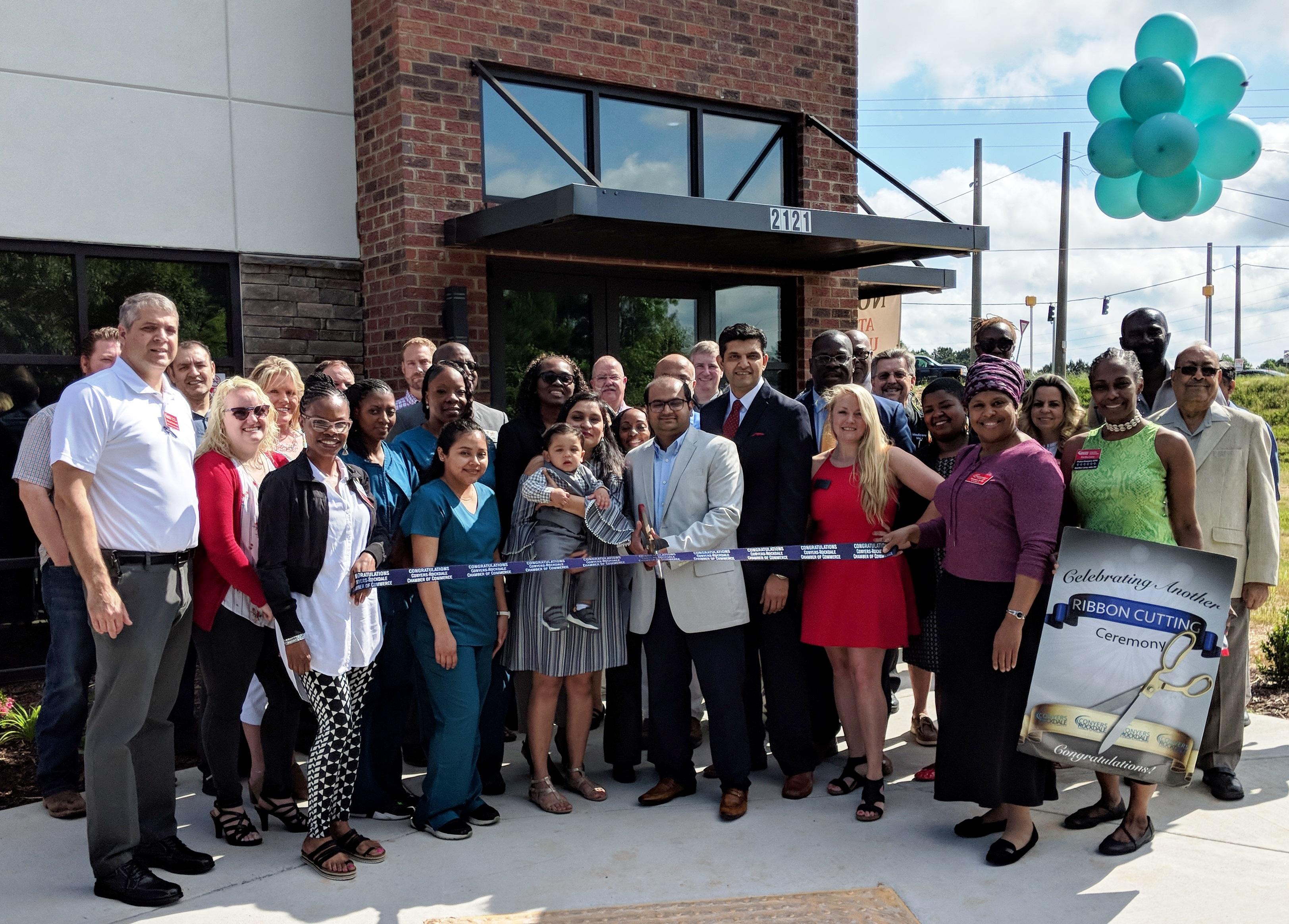 Atlanta Plus Urgent Care Ribbon Cutting