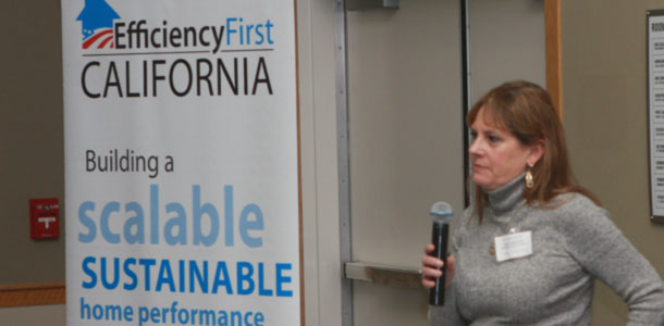 Efficiency First California's Membership Director speaking to the crowd at the 2016 PG&E Contracotor Exchange