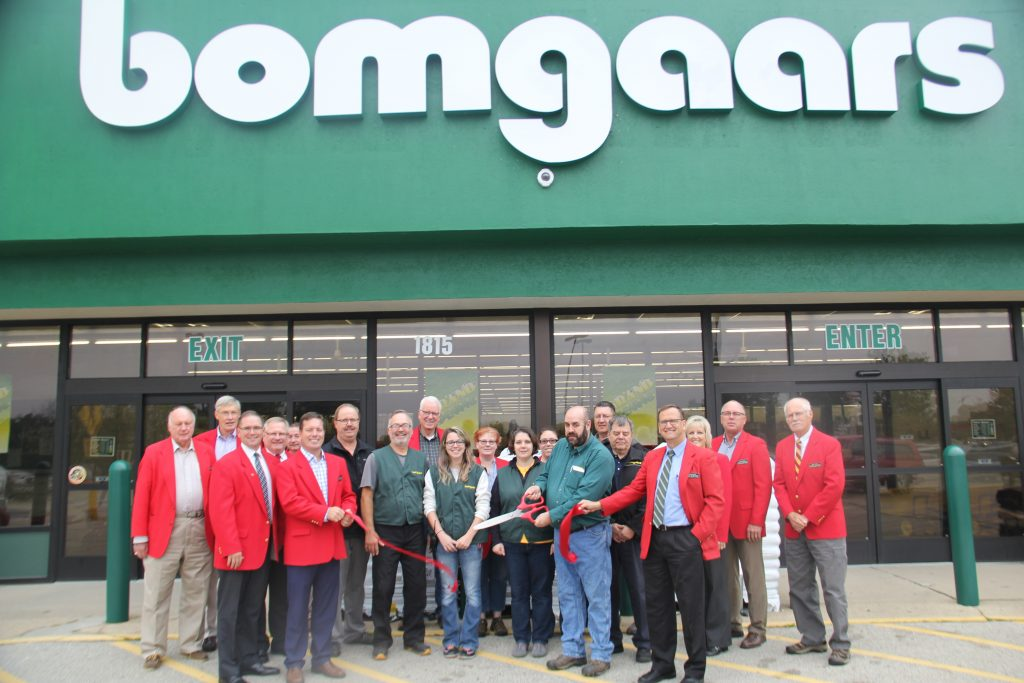 Chamber Ambassadors and the staff of Bomgaars Supply, Inc. celebrated the opening of the new facility (1815 S. Story Street) with a ribbon cutting on October 2.