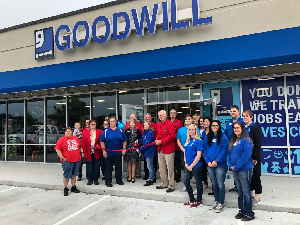 On September 27, Chamber Ambassadors and staff at Goodwill of Central Iowa (1504 South Story Street) cut the ribbon to celebrate their new location.