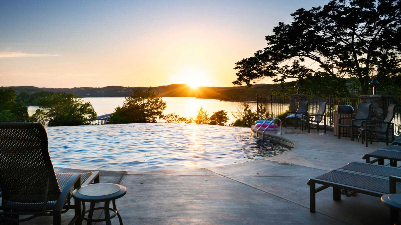table rock lake places to stay