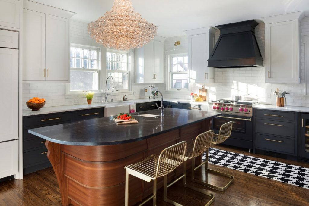 Kitchen remodel featuing island